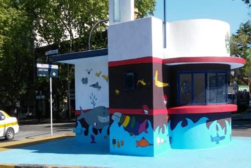 Niños pintaron mural en ex garita policial de Rivera y Julio César