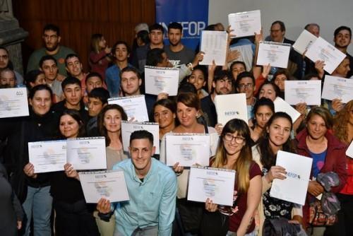 INEFOP ENTREGÓ CERTIFICADOS A MÁS DE 800 PERSONAS CAPACITADAS