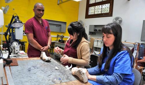 Laboratorio de ortopedia público invierte 1,5 millones de dólares al año