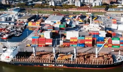 Rossi destacó objetivo estratégico de profundización de canal de acceso y muelles de Montevideo a 14 metros