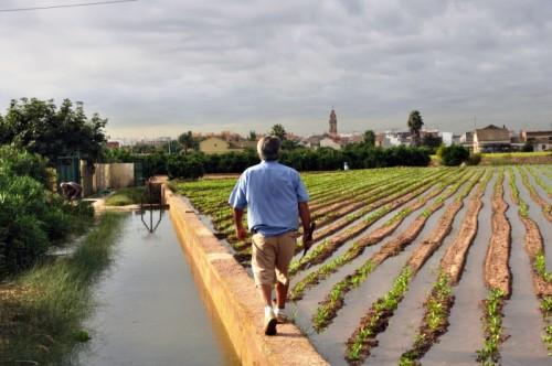 Una comunidad de agricultores y pescadores, una comunidad de héroes