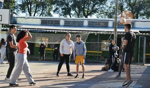 Secretaría Nacional del Deporte autorizó apertura de las 114 plazas de deportes de todo el país