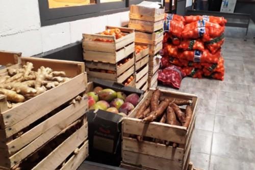Interceptan más de una tonelada de frutas y verduras de contrabando y 200 kilos de carne producto del abigeato en Rocha