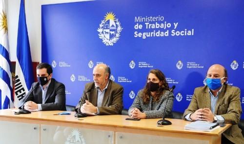 Ministro Pablo Mieres: retorno de 45.000 trabajadores a la actividad laboral es una señal clara de reactivación económica