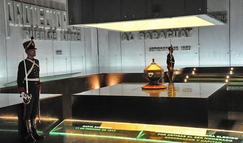Mausoleo a Artigas abrirá al público el sábado 3 y el domingo 4 de octubre por Día del Patrimonio