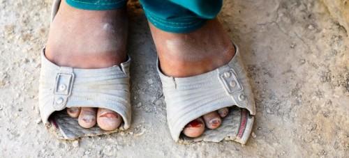 """La pandemia de COVID-19 representa una """"doble crisis"""" para los más pobres"""