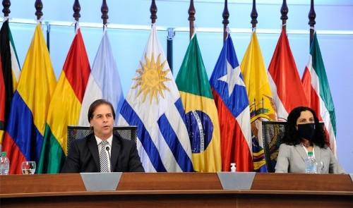 Uruguay entregó la presidencia pro tempore del Mercosur a Argentina en Cumbre de Presidentes del bloque regional