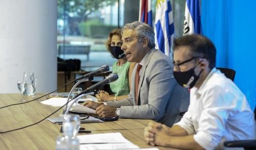 Presencialidad plena y efectiva es el objetivo de la educación pública este año, aseguró Robert Silva