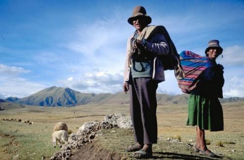 Los pueblos indígenas son fundamentales para construir un mundo pospandémico más sostenible, dice el presidente del FIDA
