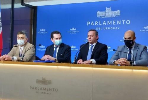 Delgado: objetivo final del TLC con China es involucrar a todos los socios del Mercosur